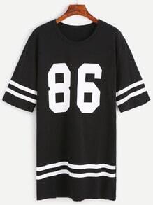 Vestido camiseta con estampado de número a raya universitaria - negro