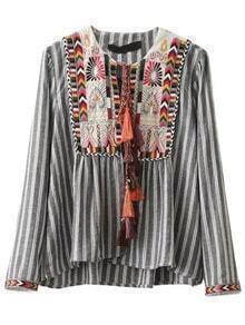 Bluse mit Vertikaln gestreifte Stickereien Schleife-grau