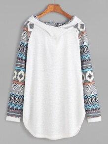 Contrast Raglan Sleeve Curved Hem Hooded Sweatshirt