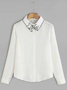 Blusa cuello con bordado de gato con botones - blanco