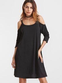 Vestido holgado asimétrico con hombro descubierto - negro