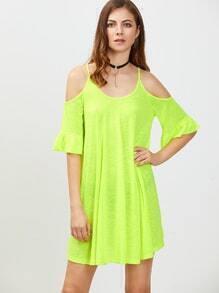 Vestido con hombro descubierto puño con volantes - verde neón