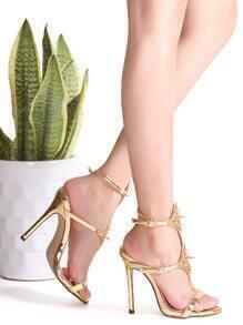 Sandales à talons hauts cloutés en or