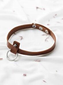 Gargantilla de cuero sintético y anillo - marrón