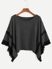 Pull poncho en crochet contrasté avez frange - gris