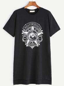 Camiseta asimétrica con estampado y abertura lateral - negro