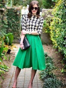 Falda con vuelo-verde