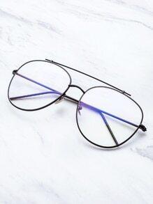 Gafas de sol doble puente con marco negro y lentes transparente