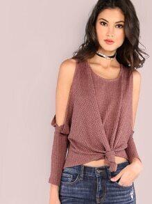 Camiseta con hombros al aire y detalle de lazo - violeta