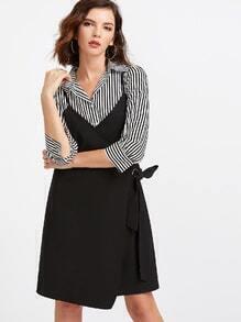 Vestido con correas y blusa con rayas-negro