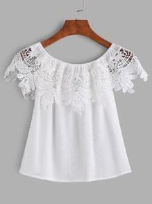 Blusa de chifón con cuello barco y encaje - blanco