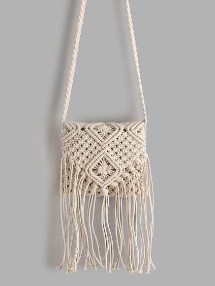 White Tassel Detail Straw Crossbody Bag