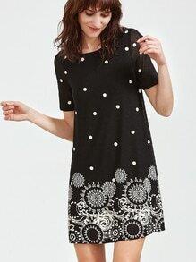 Robe courte à manches courtes avec imprimé cercle noir
