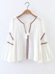 Blusa con bordado y cordón de flecos - blanco