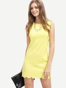Kleid mit kleinem Rundhalsausschnitt und Bogenkante am Saum -gelb