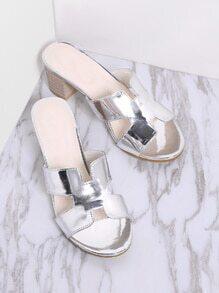 Silber Ausschnitt Detail Chunky Heels Sandalen
