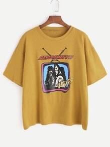 T-shirt jaune d'impression de bande dessinée