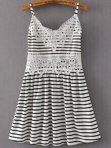 Vestido de rayas ribete de croché - negro blanco
