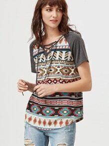 Multicolore imprimé tribal à encolure en V à manches courtes Raglan T-shirt à capuche