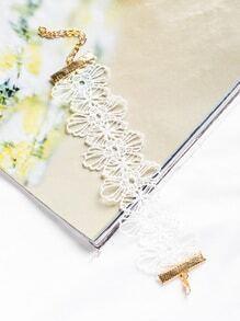 Brazalete estilo bohemio con flores huecas - blanco