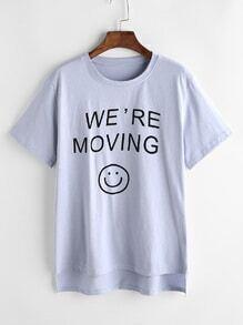 Lettre bleue et sourire impriment haut bas t-shirts