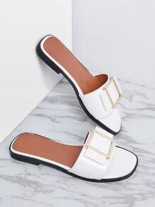 Sandalias de charol con detalle de metal - blanco