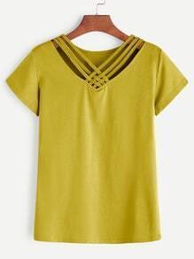Camiseta con cuello en V con tiras - amarillo