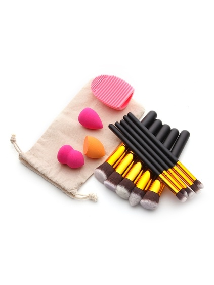Makeup Tool Set With Puffs And Makeup Brushes