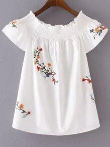 Weiße Blume gestickte Bootshals-Bluse