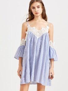 Vestido de rayas ribete con encaje hombro descubierto - azul