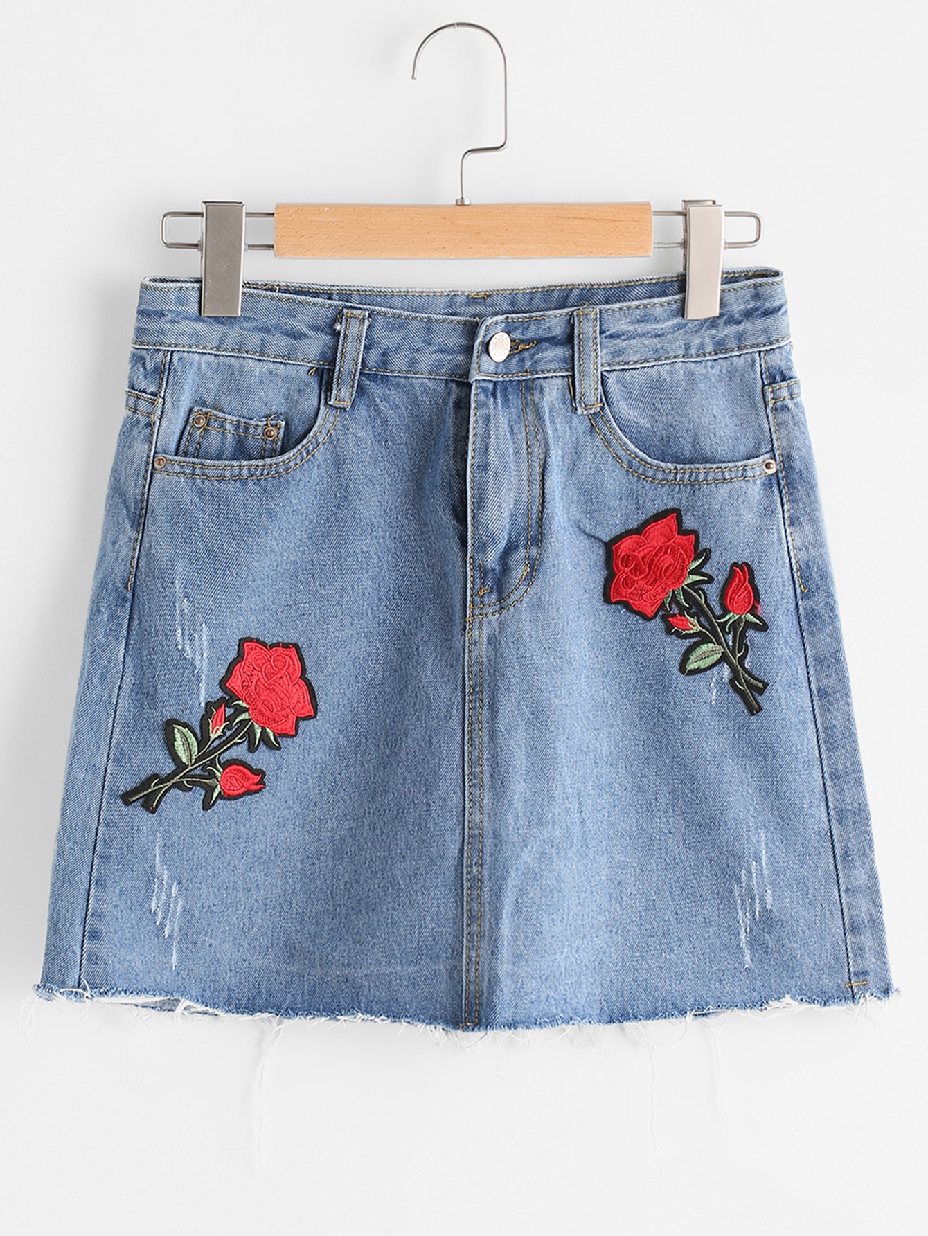 Frayed Hem Denim Skirt With Flower Patches