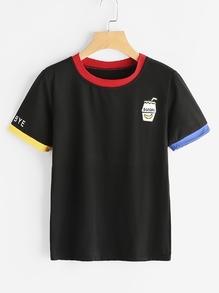 T-shirt mit Grafikmuster und kontrastierenem Saum