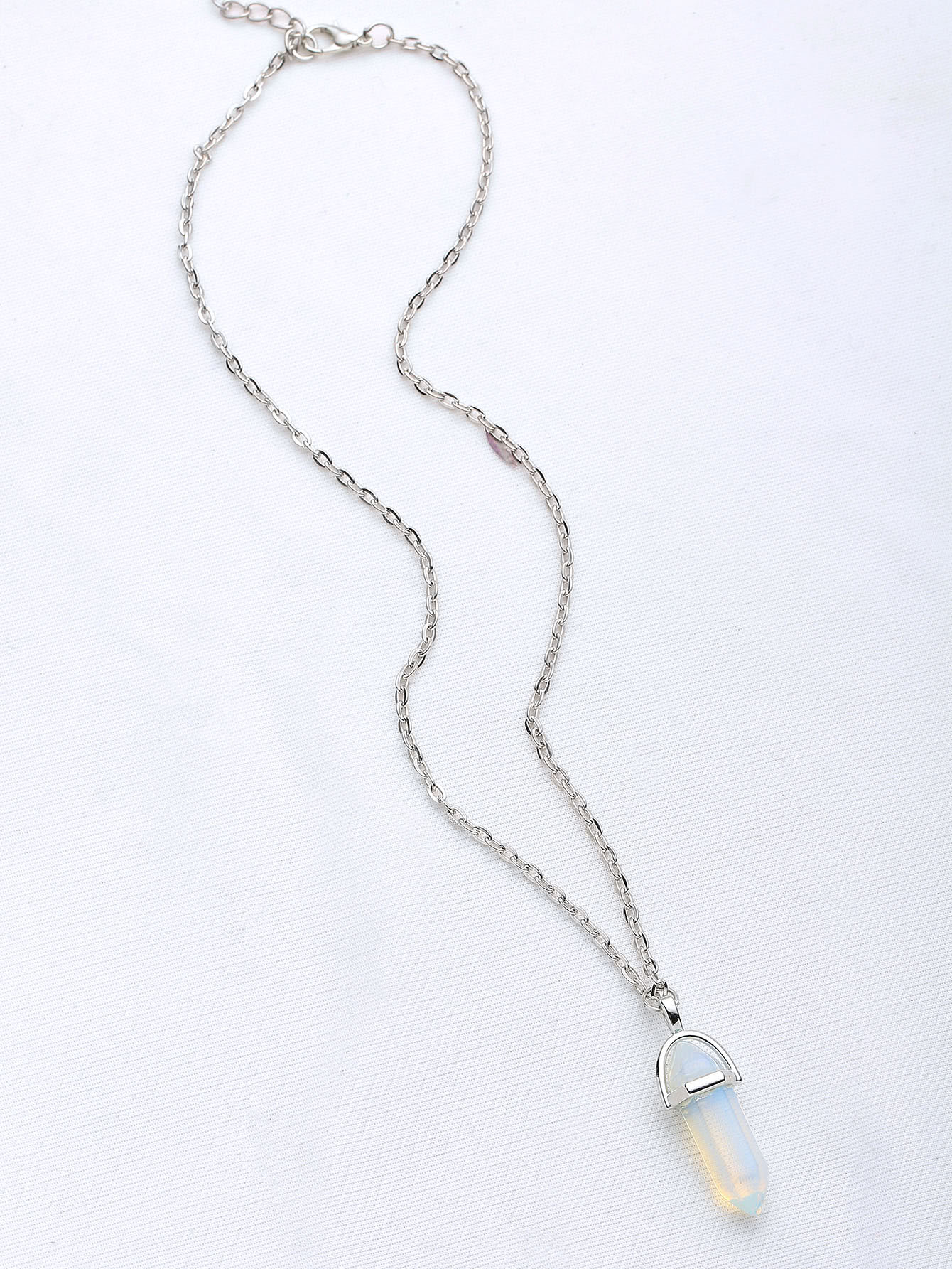 Contrast Crystal Pendant Necklace