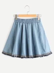 Falda en denim bordada de cinta con diseño de espiga