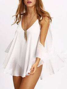 Schulterfreies Kleid mit tiefem V-Ausschnitt -weiß
