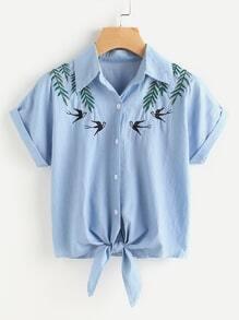 Tee-shirt brodé d'une hirondelle en denim