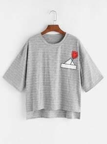 T-shirt ras du cou imprimé floral gris