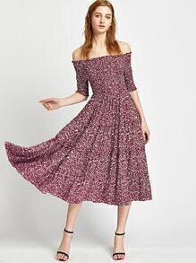 Red Floral Shirred aus der Schulter ein Line Dress