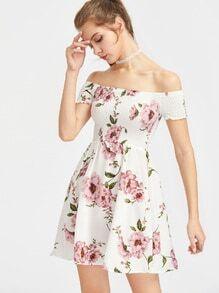 Robe imprimée fleuri épaules dénudées