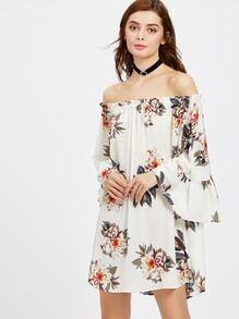 Vestido fruncido con estampado floral de manga flauta de hombros descubiertos