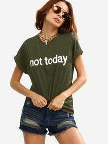 Tee-shirt imprimé de la figure avec des replis