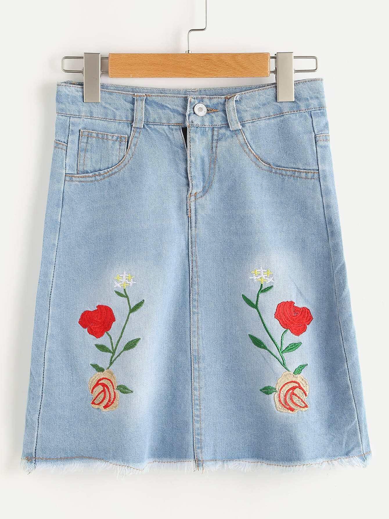 Embroidery Frayed Hem Denim Skirt