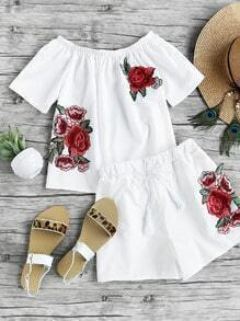 Boat Neckline Appliques Top With Shorts