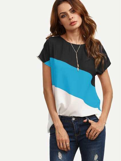 Color Block Buttoned Keyhole Back Top