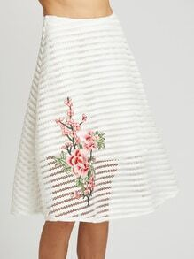 Jupe à fleurs broderie bandes de maille - blanc