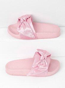 Sandales satiné avec des nœuds papillon