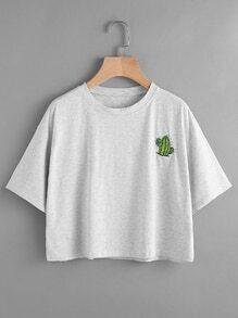 Camiseta bordada de cactus de hombros caídos