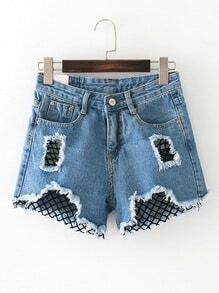 Shorts en denim de malla en contraste con detalle de rotura