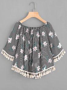Blusa de rayas con fleco con estampado floral al azar