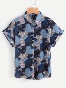 Blusa de doblez con estampado de retazos